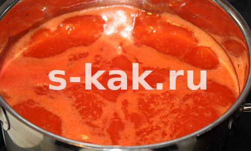 Рецепт супа из томатного сока. Доводим до кипения томатный сок