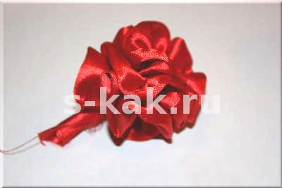 Как сделать розу из ленты. Просто и быстро