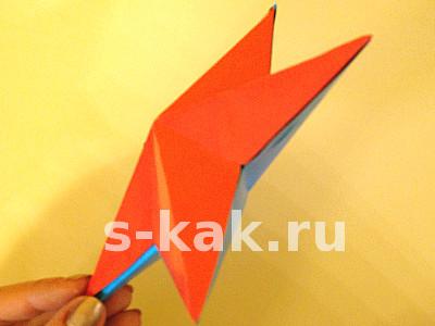 Как сделать объемную звезду из бумаги. Склеиваем детали