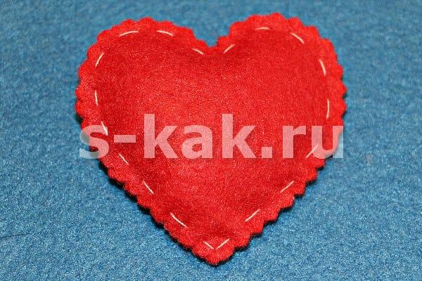 Сшить сердечко-магнит